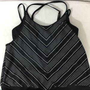 ATHLETA tankini top with underwire bra size 34B/C